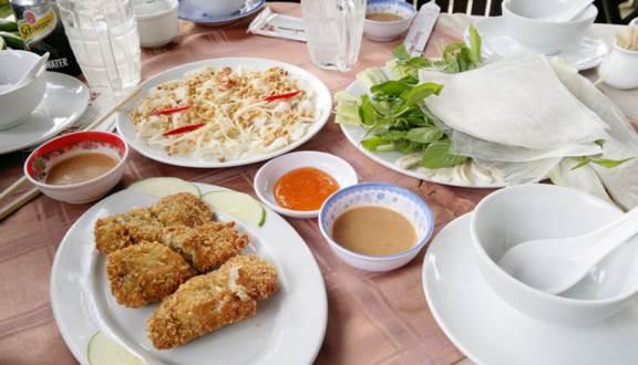 Quán hải sản ngon đường Nguyễn Đình Chiểu